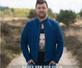 Davey van der Sluis Stopt en wacht niet, maar blijft